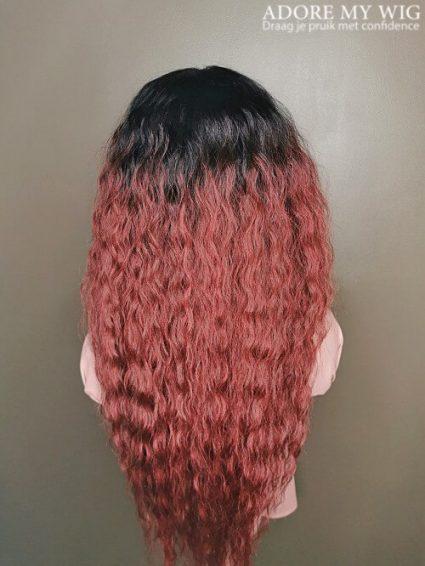 Rode krullen pruik lang haar
