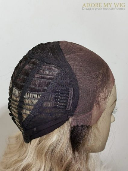 13x4 lace frontal blonde krullen pruik Adore My Wig