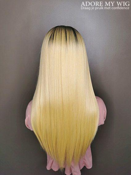Blonde straight beginner wig