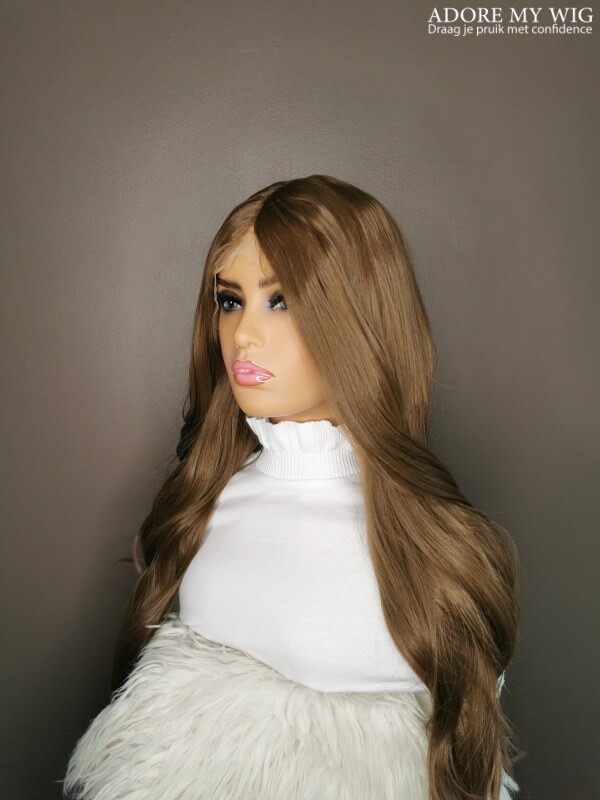 Bruine lace wig lang