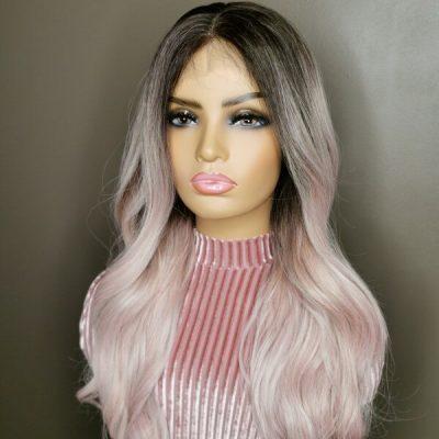 pastel roze pruik